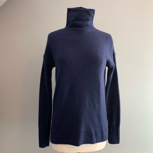 NWT Gap Navy Blue Turtleneck Sweater Small